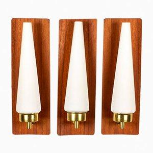 Dänische Wandlampen aus Teak, Messing & Opalglas, 1960er, 3er Set