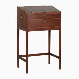 Schreibtisch aus Mahagoni mit dünnen Tischbeinen von Svend Langkilde für Langkilde Furniture, 1970er