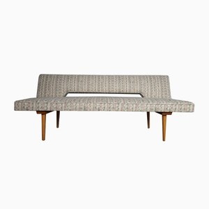 Sofá cama de Miroslav Navratil para Interier Praha, años 60