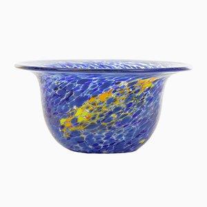 Scodella vintage in vetro soffiato blu e giallo di Kosta Boda