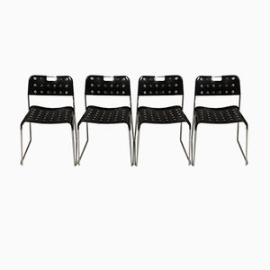 Schwarze Omstak Stühle von Rodney Kinsman für Bieffeplast, 1970er, 4er Set