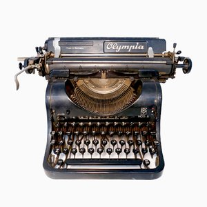 Machine à Ecrire Olympia Mod.8 Vintage de Büromaschinenwerke A.G. Erfurt