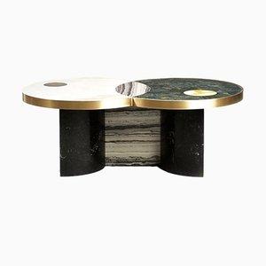 Tavolino Sun and Moon in marmo ed ottone di Bohinc Studio