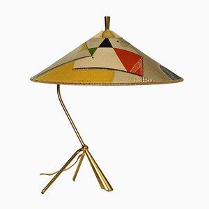 Lampada da tavolo grande Mid-Century tripode in ottone con paralume in tessuto colorato di Kalmar