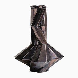 Vaso Fortress Cupola in ceramica color bronzo di Bohinc Studio