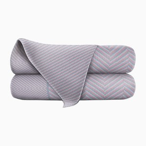 Manta de lana merino plateada y blanca de Blankets & Throws