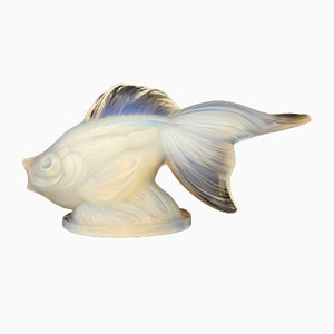 Art Deco Queue de Voile Fish Sculpture in Opaline Glass by Marius-Ernest Sabino, 1931