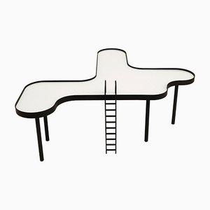 Großer Tisch in Schwimmbad-Optik von RAIN