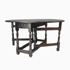 18th Century Oak Gate Leg Dining Table