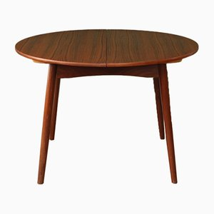 Vintage Round Extendable Dining Table