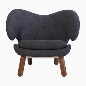 Vintage Pelikan Lounge Chair with Round Walnut Legs by Finn Juhl for One Collection