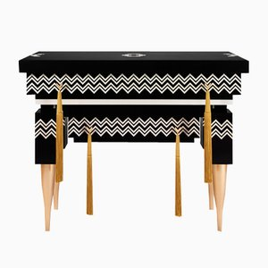 Xo Console Table from ESTEMPORANEO