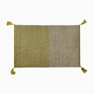 Alfombra de crochet tejido a mano de algodón y poliéster en dos tonos de Iota Hand Stitched
