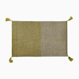 Tapis en Crochet Artisanal Bicolore de Polyester et Coton par Iota Hand Stitched
