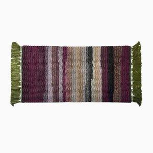 Alfombra hecha a mano de crochet tejido a mano rosa y verde de algodón y poliéster grueso de Iota Hand Stitched