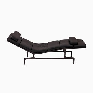 Vintage Billy Wilder Chaise Lounge by Charles & Ray Eames