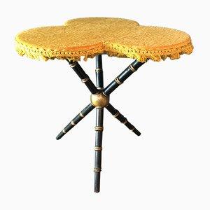 Antiker französischer Tisch mit gefranster Tischplatte