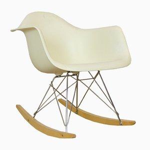 Sedia a dondolo di Charles & Ray Eames per Herman Miller, anni '60