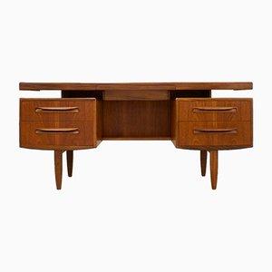 Mid-Century Schreibtisch oder Frisiertisch aus Teak von Victor Wilkins für G-Plan