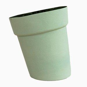 Vaso Distorted verde di Studio Lorier