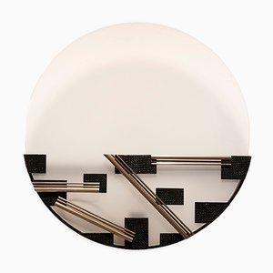 Aplique Art Déco geométrico de metal con vidrio opalescente