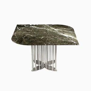 Mesa de comedor Naiad de mármol Verde-Levanto y acero inoxidable de Naz Yologlu para NAAZ
