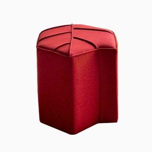 Seduta Leaf color cremisi di Nicolette de Waart