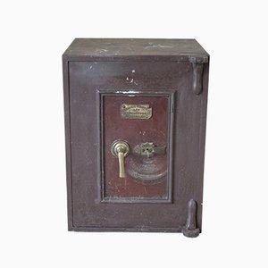 Caja fuerte antigua de Frederic Whitfield