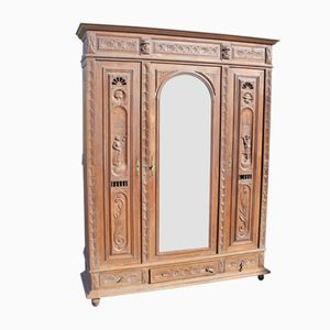 Armario de dos puertas vintage de roble tallado con espejos, años 20