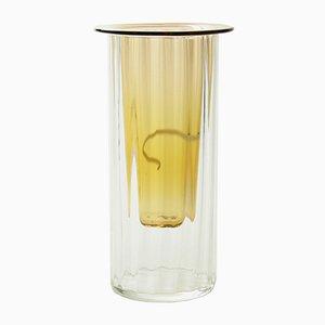 Helle bernsteingelbe Vase aus mundgeblasenem Glas, Moire Collection von Atelier George