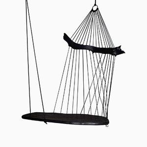 Seduta sospesa Floating Divan scultorea di Chiel Kuijl