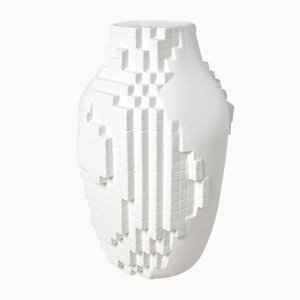 Vase in Pixel-Optik von Studio Lorier
