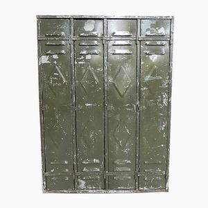 Industrieller Spind mit 4 Türen