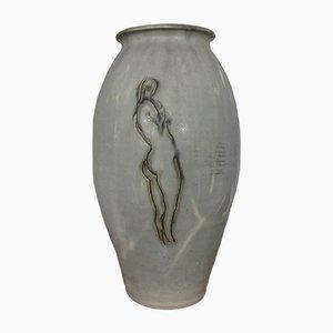 Jarrón de cerámica con mujer desnuda, años 60