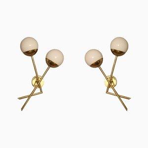 Apliques italianos de cristal de Murano blanco y latón, años 70. Juego de 2