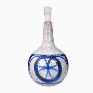 Lámpara modelo 3069 de gres con estampado de círculos azules de Soholm, años 60