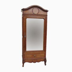Armario francés antiguo de nogal y espejo