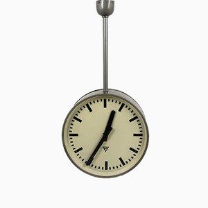 Reloj de doble cara de ferrocarril grande de Pragotron, años 70
