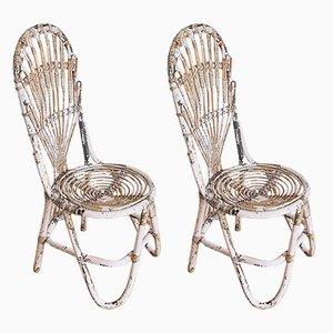 Rosafarbene französische Vintage Stühle aus Schilfrohr, 1960er, 2er Set