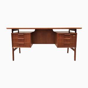 Freistehender Modell 75 Schreibtisch aus Teak von Omann Jun, 1960er