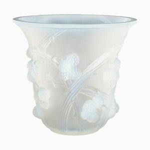 Vaso vintage in vetro opalino di René Lalique
