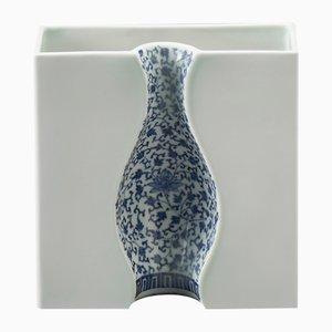 Petit Vase Illusion Bleu en Porcelaine d'Arita par DesignLibero pour Hands On Design