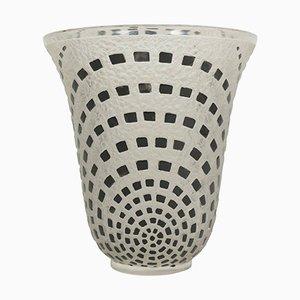Vase Damiers Vintage Emaillé Noir par René Lalique