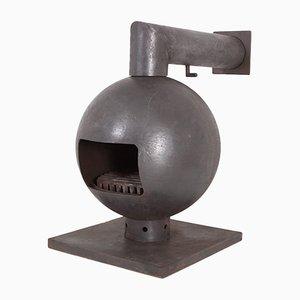Brutalistischer kugelförmiger Kamin aus Eisenguss von Dries Kreijkamp, 1960er