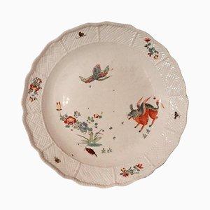 Plato antiguo de porcelana pintada de Meissen, década de 1730