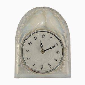 Vintage Deux Colombes Uhr aus Opalglas von René Lalique