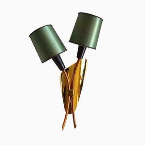Lámpara de pared francesa de latón con cabeza doble, años 50