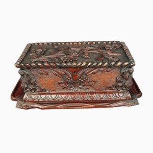 Geschnitzte antike Box