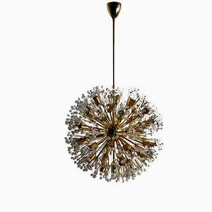 Lámpara de araña vintage de latón y vidrio de Emil Stejnar para Rupert Nikoll