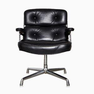 Vintage ES 108 Swivel Chair by Charles & Ray Eames for Herman Miller